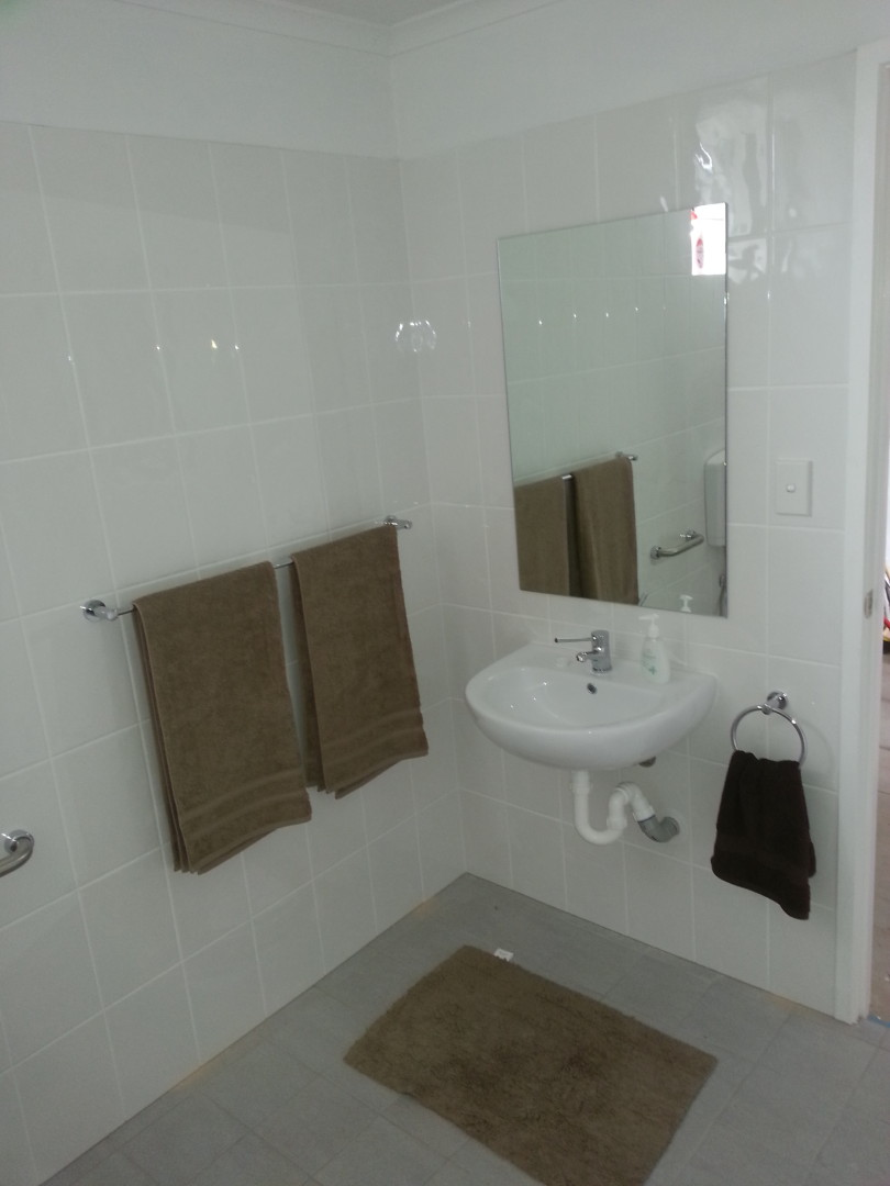 Bathroom finished by Simon the Plumber